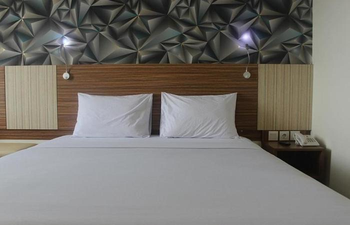 Smarthomm Hotel Jakarta - Room