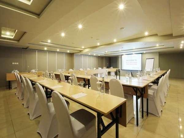 Adhi Jaya Sunset Hotel Bali - Ruang Pertemuan Bentuk U