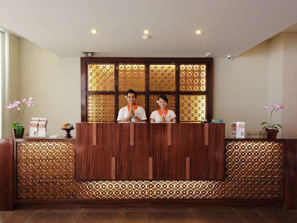 Adhi Jaya Sunset Hotel Bali - Resepsionis