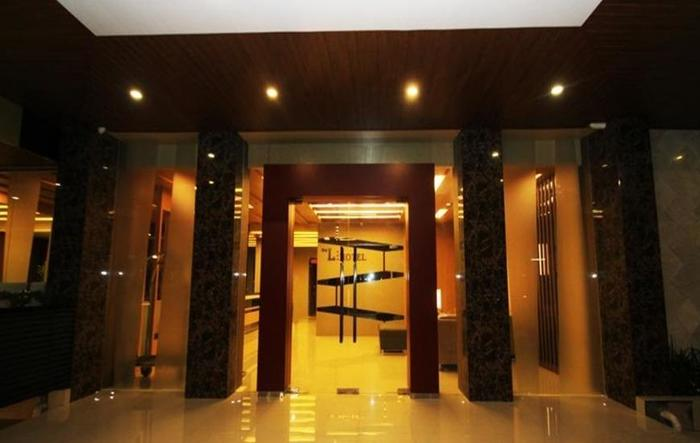 The L Hotel Entertainment Batam - Interior