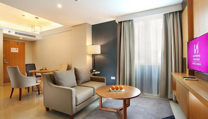 Swiss-Belhotel Pondok Indah - Living Room, Two bed room suite