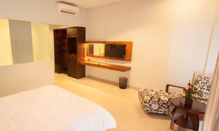 Fourteen Roses Hotel Bali - Kamar Modern Deluxe