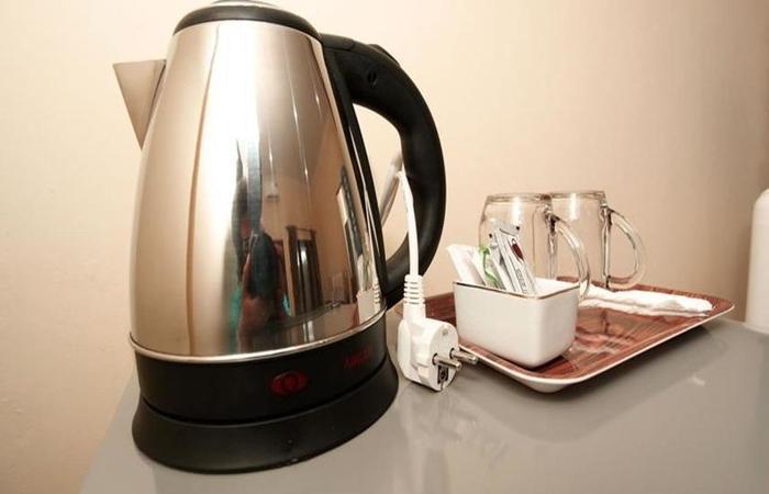 Griya 35 Homestay Yogyakarta - Pembuat kopi dan teh