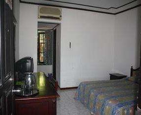 Hotel Oranjje Bali - Kamar tamu
