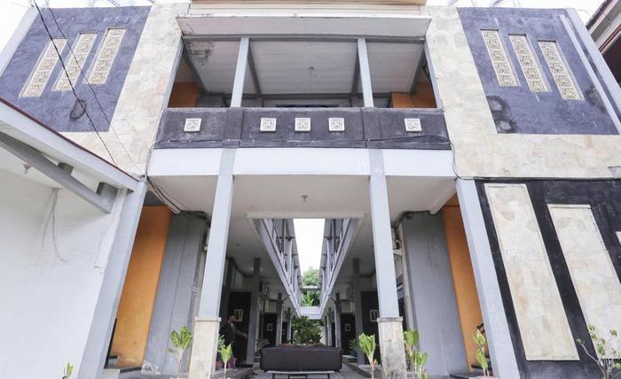 RedDoorz @Gatot Subroto Barat Bali - Eksterior