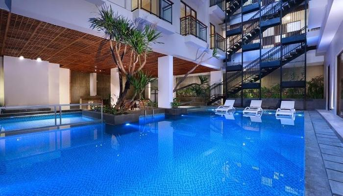 Liberta Seminyak Hotel - Standard Balcony with Pool View