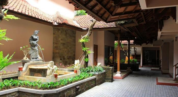 Bounty Hotel Bali - Taman