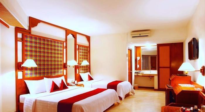 Bounty Hotel Bali - Kamar Deluxe Triple