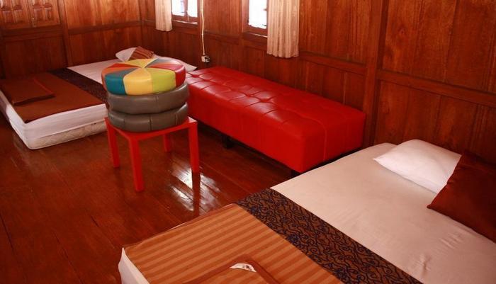 Villa Bantal Guling Bandung - Keluarga 6, (guling atas)