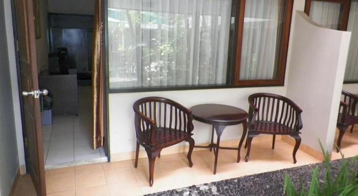 Hotel Guntur Bandung - Terrace