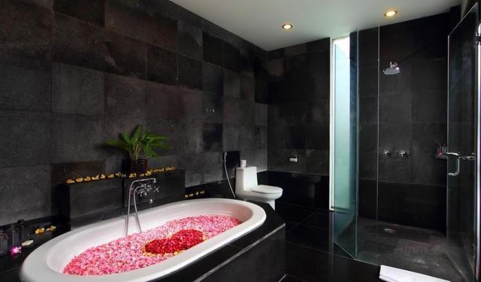 FuramaXclusive Bali - Bathtub