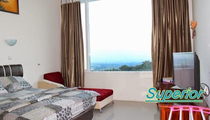 Grand Panorama Hotel Bandungan - Kamar tamu