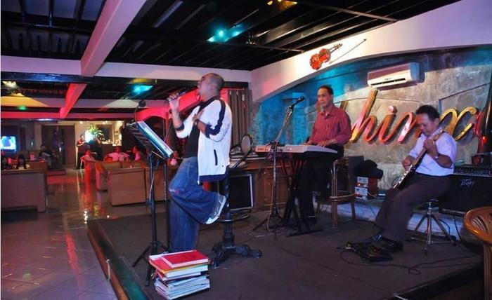 Pondok Serrata Hotel & Restaurant Semarang - Music Lounge