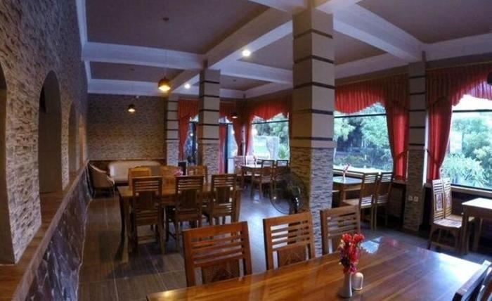 Cafe Johan Home Stay Senggigi - Interior