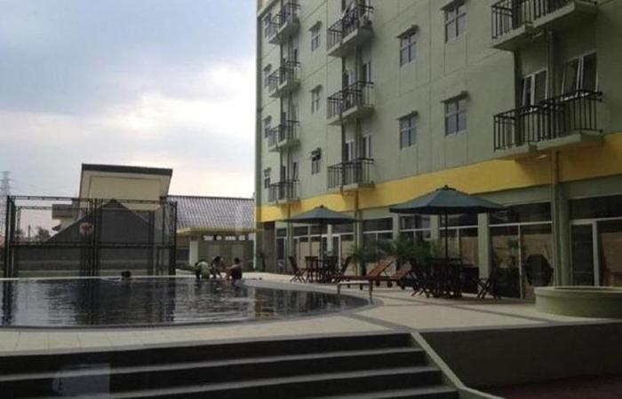 The Suites @ Metro C16-01 by Homtel Bandung - Kolam Renang