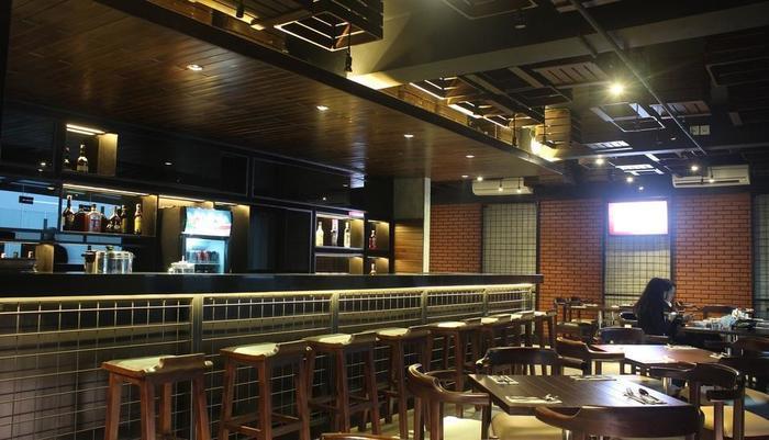 Sala View Hotel Solo - sky lounge