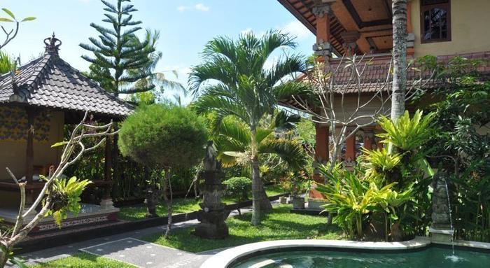 Uma Sari Cottage Bali - Pemandangan Taman