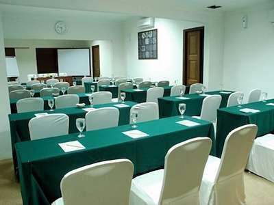 Hotel Gowongan Inn Yogyakarta - Cendana Ruang