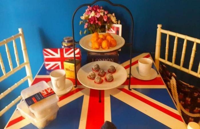 The London Living Kebagusan City Jakarta - Meja Makan