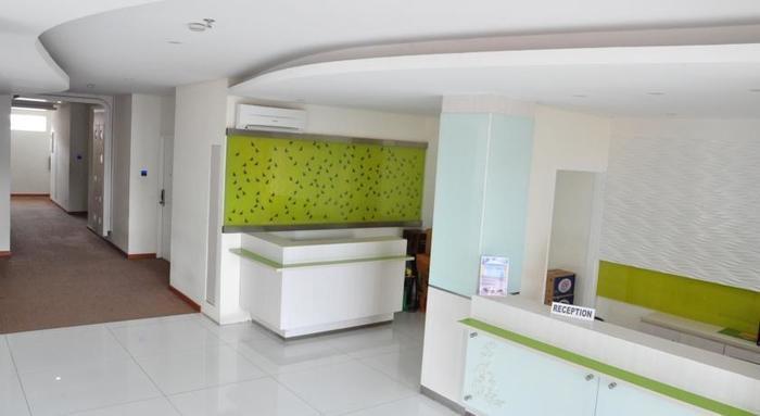 Everbright Hotel Ambon - Lobby