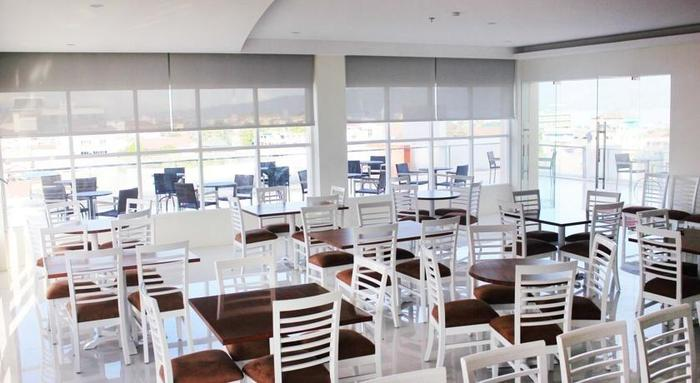 Everbright Hotel Ambon - Restaurant