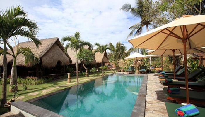 TS Hut Lembongan Bali - Kolam Renang