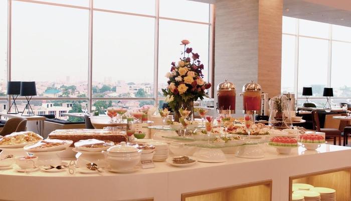 FOX HARRIS Hotel Pekanbaru - Restaurant