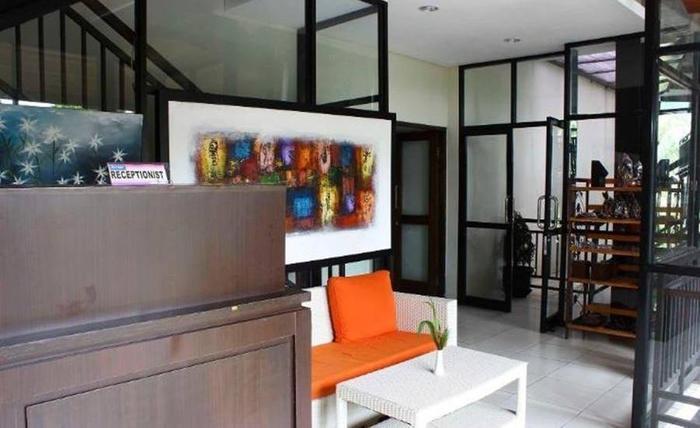 Bumi Cikeas Resort Bogor - Resepsionis