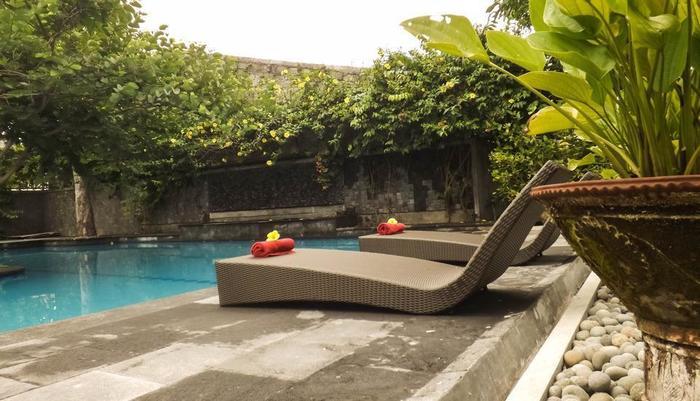 Maharani Villa Yogyakarta - Kolam Renang