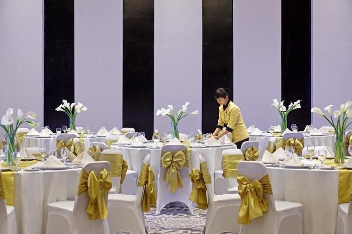 Hotel Santika  Purwokerto - Ballroom