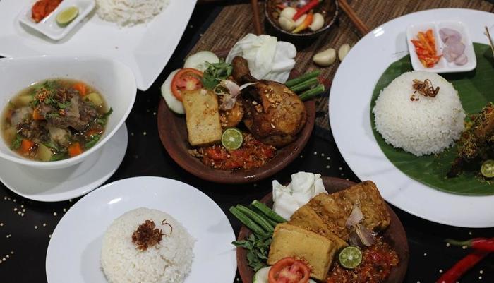 Bekizaar Hotel Surabaya - FOOD