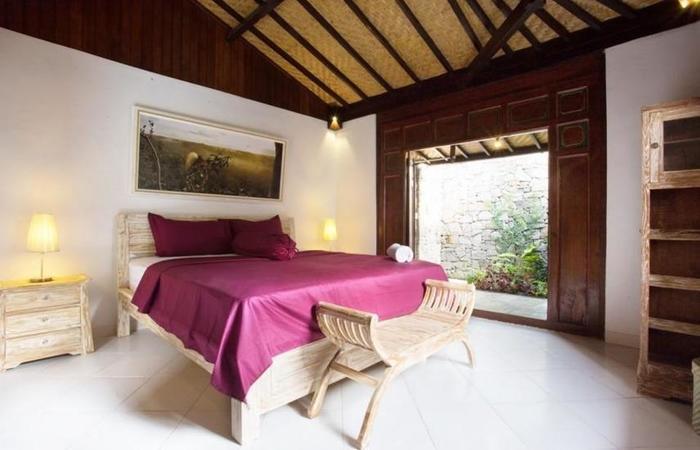 Kubu Ampo Villa Bali - Kamar