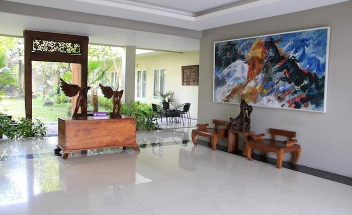 Tinggal Standard Marsekal Suryadharma Tangerang - Lobi