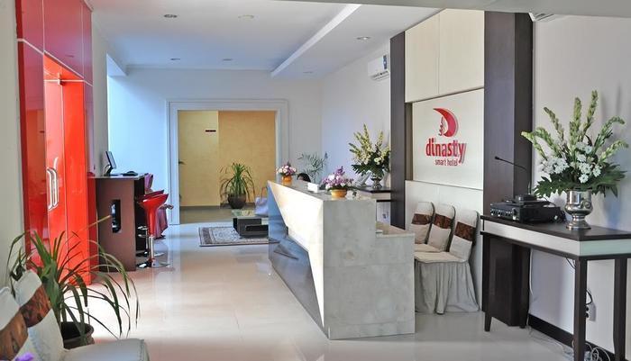 Dinasty Hotel Solo - Lobby
