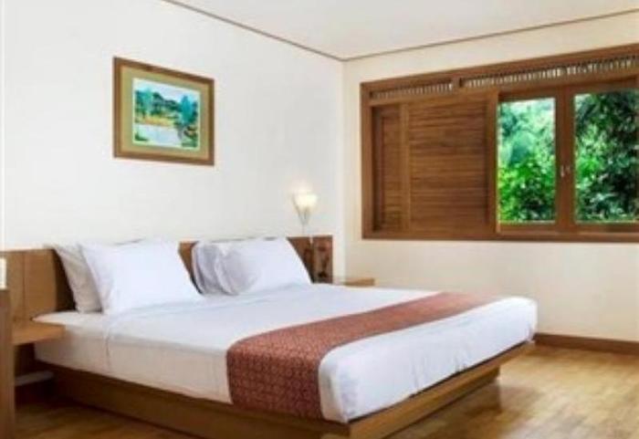 The Cipaku Garden Hotel Bandung - Suite Room
