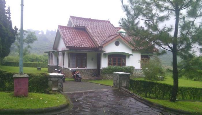 Villa Ranchero - Ciater Highland Resort Subang - Eksterior