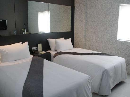 Candi Hotel Medan - Deluxe Twin