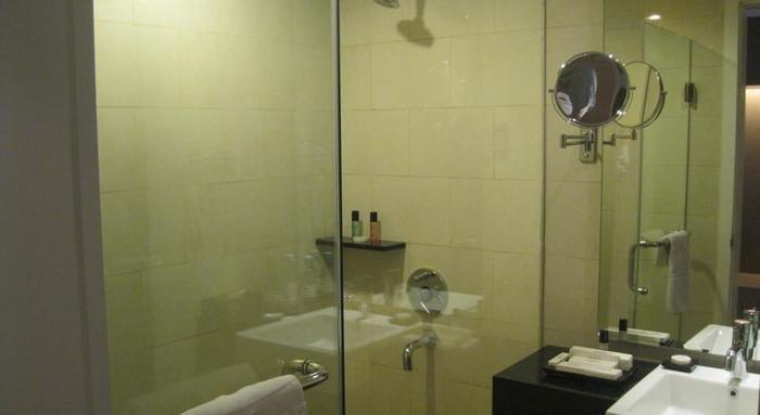 Hotel Premiere Pekanbaru - Kamar mandi
