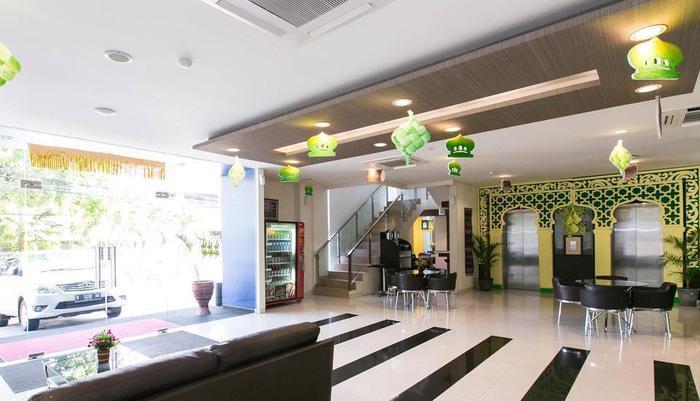 Hotel 88 Embong Kenongo Surabaya - Lobi