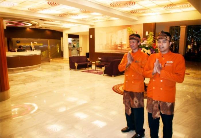 Savoy Homan Bandung - Lobi