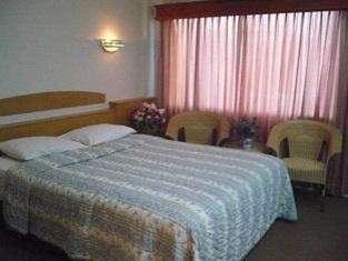 Pelangi Hotel And Resort Tanjung Pinang - Kamar tidur
