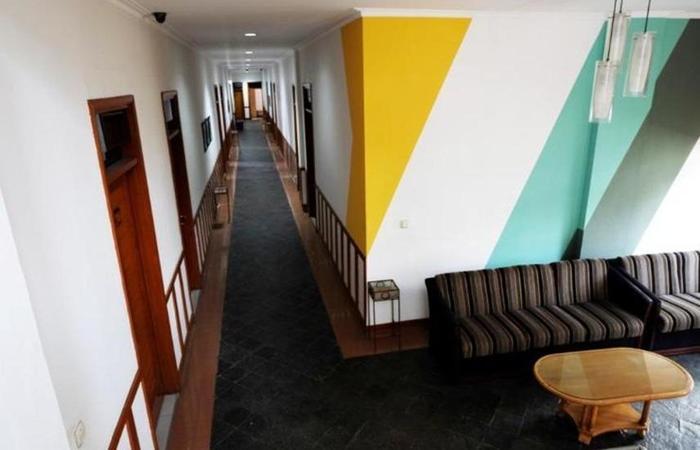 Karmila Hotel Bandung - Corridor