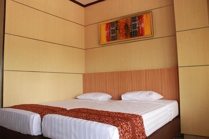 Airlangga Hotel & Restaurant Yogyakarta - Deluxe Twin