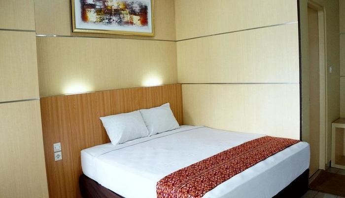 Airlangga Hotel & Restaurant Yogyakarta - Deluxe Double