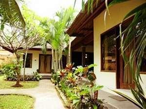 Mirah Hotel Banyuwangi - 2 Bedroom Suite Villa Terrace