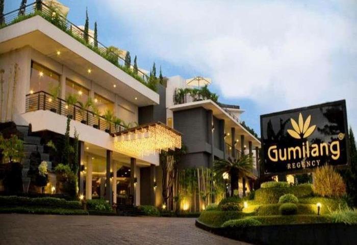 Gumilang Regency Hotel Bandung - Hotel Buiding