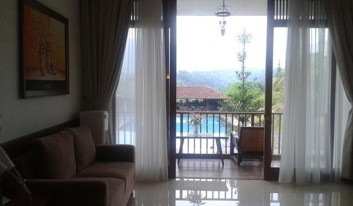 Jimmers Mountain Resort Bogor - Ruang Keluarga