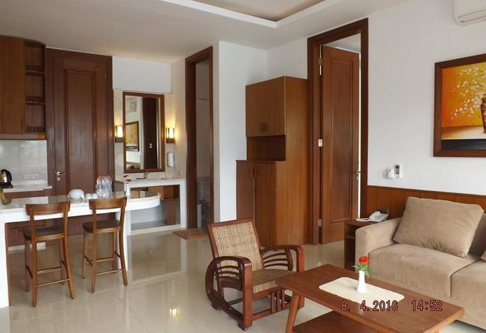 Jimmers Mountain Resort Bogor - Living Room (Family Suite)