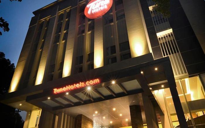 Tune Hotel Bandung - Hotel Building