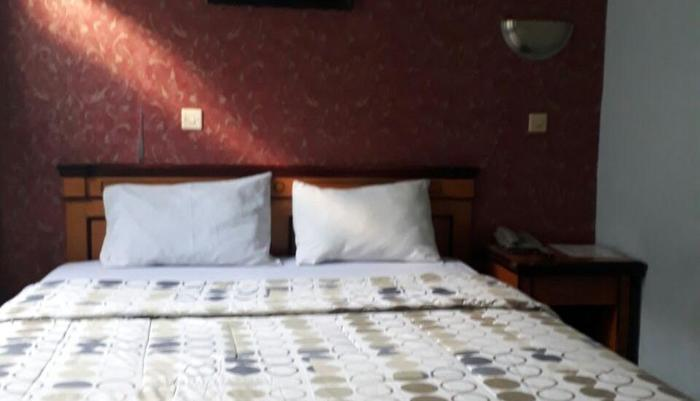 Dwi Mulia Hotel Palu - Deluxe